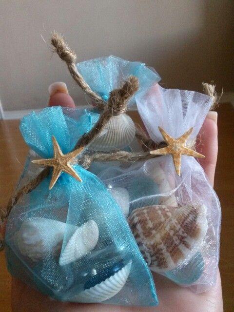 Outra variação de sugestão de sabonetes embalados com itens do mar