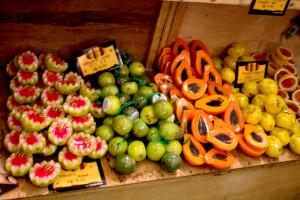 Olhando assim da vontade até de comer né? Sabonetes em formato de frutas, são um dos mais procurados pelos clientes